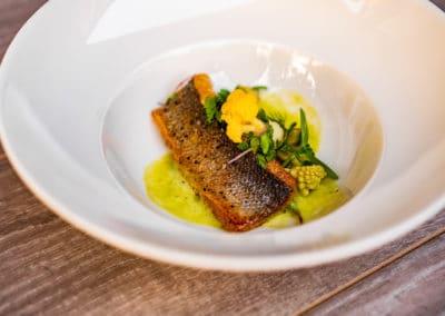 Sea bass, marinated cauliflower, truffle oil, potato-leek mousse(4,7)