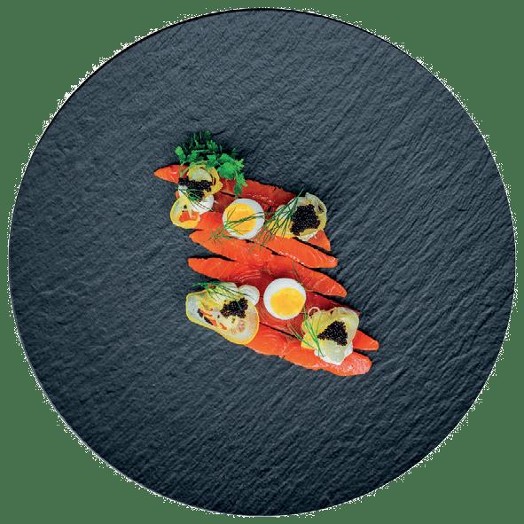 Uzený losos, křepelčí vejce, citrónový confit, crème fraîche (3, 4, 7)                169 Kč